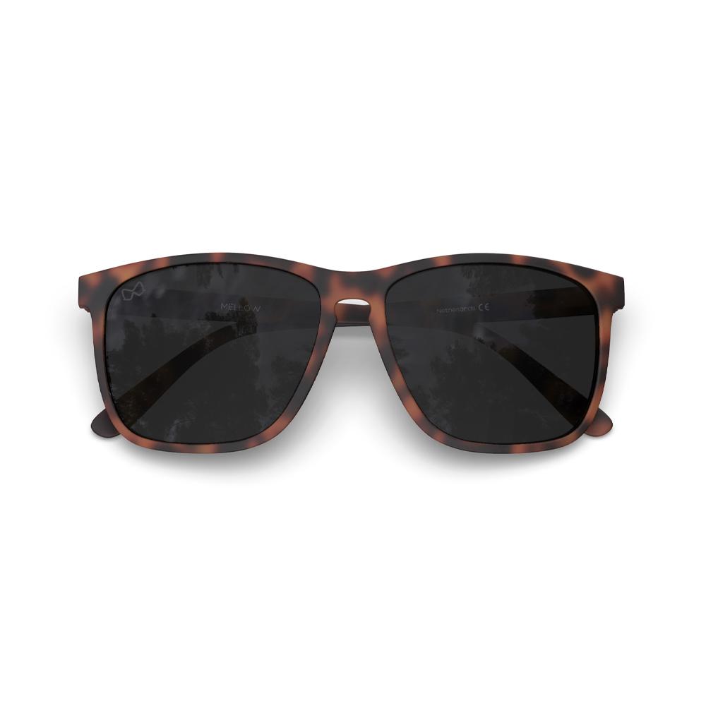 Mariener-Mellow-Rectangular-Matte-Tortoise-Rubber-Spring-Hinge-Dark-Smoke-Polarized-Sunglasses--Gepolariseerde-Rechthoekige-Zonnebril-Folded